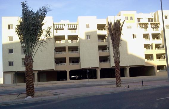 Al Khail Gate